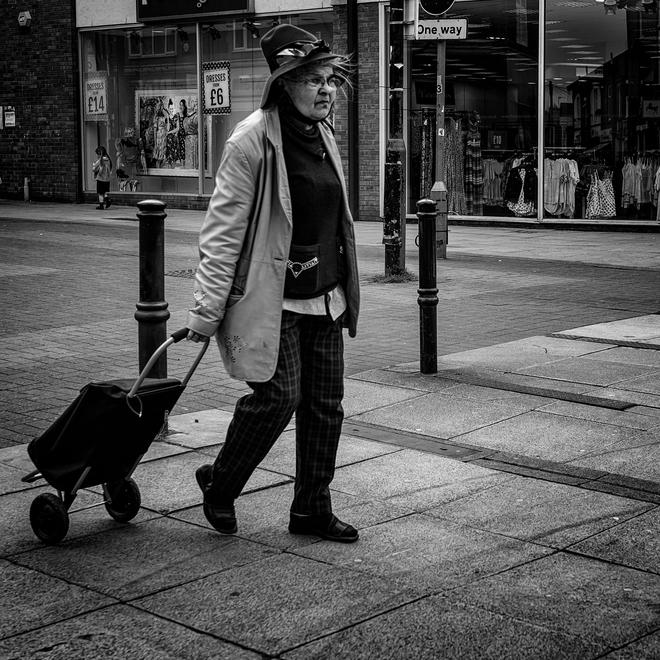 Ian Charters, Fashionista.