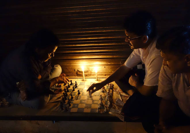 Dalip Singh, Candlelight Chess.
