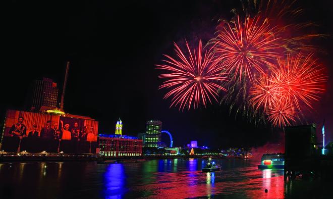 Chris Dorney, Thames Festival Fireworks, London.